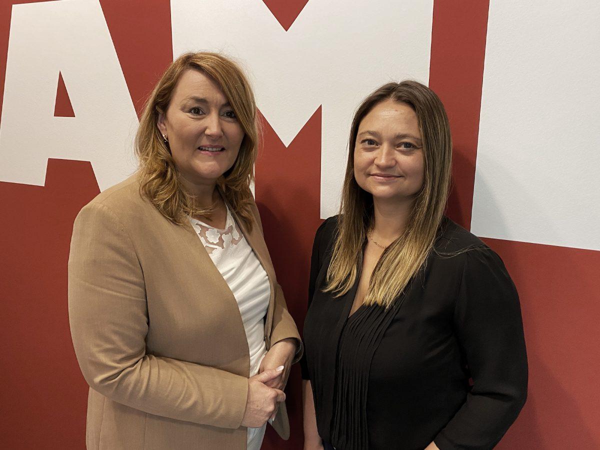 Ariane Kramer & Sabrina Bdzikus